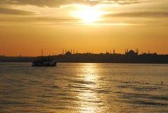 Puesta del sol en Estambul Fotografía de archivo libre de regalías