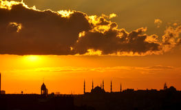 Puesta del sol en Estambul Imagenes de archivo