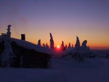 Puesta del sol en Finlandia Fotografía de archivo