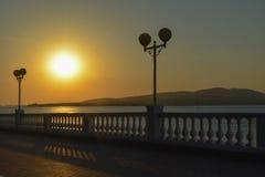 Puesta del sol en Gelendzhik Fotos de archivo