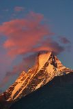 Puesta del sol en Himalaya Foto de archivo libre de regalías
