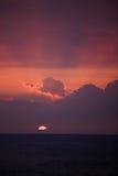 Puesta del sol en Keauhou Hawaii imagen de archivo
