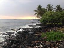 Puesta del sol en Kona Hawaii Foto de archivo