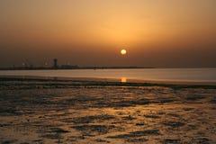 puesta del sol en Kuwait Imagen de archivo