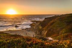 Puesta del sol en la bahía Fotos de archivo