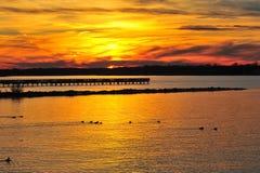 Puesta del sol en la bahía de Chesapeake Maryland Foto de archivo libre de regalías