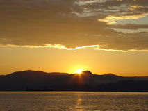 Puesta del sol en la bahía inglesa foto de archivo libre de regalías