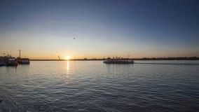Puesta del sol en la canción Hua River, China, Harbin Fotografía de archivo libre de regalías