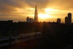 Puesta del sol en la ciudad de Londres Foto de archivo
