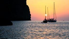 Puesta del sol en la costa Imagen de archivo libre de regalías