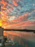 Puesta del sol en la costa del norte Queensland Imagenes de archivo