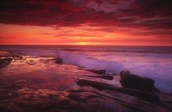 Puesta del sol en la ensenada de La Jolla en San Diego Imagen de archivo