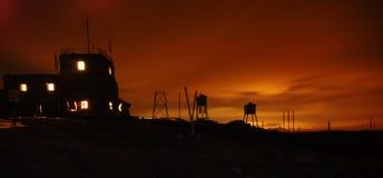 Puesta del sol en la estación de Omu Meteo fotografía de archivo