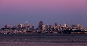 Puesta del sol en la igualación de San Francisco California Cityscape almacen de metraje de vídeo