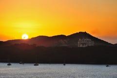 Puesta del sol en la isla carribean Fotos de archivo