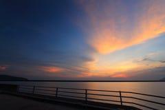 Puesta del sol en la isla Malasia de langkawi Fotos de archivo libres de regalías