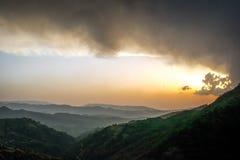Puesta del sol en la montaña 2 Fotos de archivo