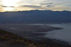 Puesta del sol en la opinión Death Valley California del ` s de Dante Imágenes de archivo libres de regalías