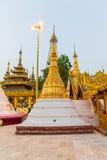 Puesta del sol en la pagoda de Shwedagon Imagen de archivo