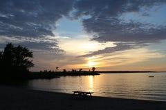 Puesta del sol en la playa de Grandview Imagen de archivo