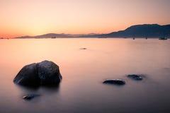 Puesta del sol en la playa de Kitsilano imagen de archivo libre de regalías