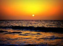 Puesta del sol en la playa de Malvan Fotografía de archivo