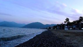 Puesta del sol en la playa de Marmaris almacen de metraje de vídeo