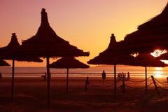 Puesta del sol en la playa en Essaouria Fotos de archivo libres de regalías