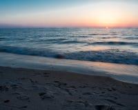 Puesta del sol en la playa oval Saugatuck Fotografía de archivo libre de regalías