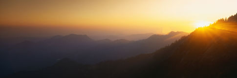Puesta del sol en la roca de Moro imagen de archivo