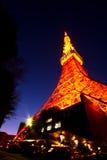 Puesta del sol en la torre de Tokio Fotos de archivo libres de regalías