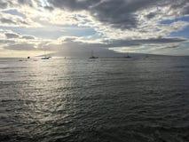 Puesta del sol en Lahaina en Maui en Hawaii imagen de archivo