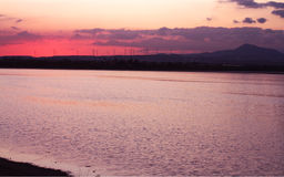 Puesta del sol en Larnaca Imagen de archivo