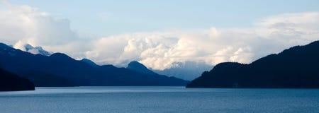 Puesta del sol en las gamas de Douglas, lago Harrison Fotos de archivo libres de regalías