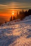 Puesta del sol en las montañas Fotos de archivo