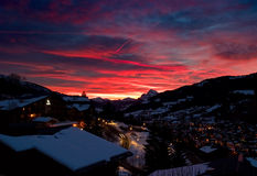 Puesta del sol en las montan@as, Megeve Foto de archivo