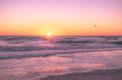 Puesta del sol en las playas del golfo Imágenes de archivo libres de regalías