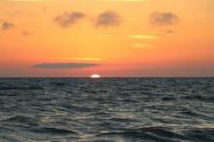 Puesta del sol en las playas en el paso la Florida de Juan fotografía de archivo