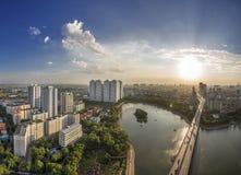 Puesta del sol en Linh Dam - Hanoi pueda - 2018 imagen de archivo