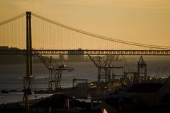 Puesta del sol en Lisboa fotografía de archivo