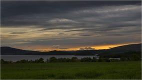 Puesta del sol en Loch Lomond - Escocia Foto de archivo