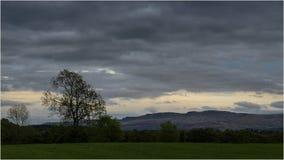 Puesta del sol en Loch Lomond - Escocia Imagen de archivo libre de regalías