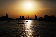 Puesta del sol en Londres Imágenes de archivo libres de regalías