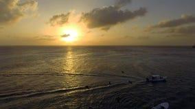 Puesta del sol en Los Roques, Venezuela metrajes