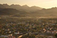 Puesta del sol en Luang Prabang Foto de archivo libre de regalías