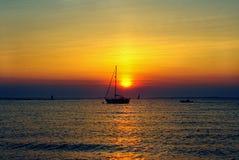 Puesta del sol en Menemsha02 fotografía de archivo libre de regalías