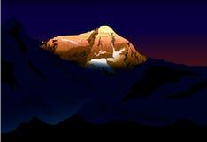 Puesta del sol en Mt Everest ilustración del vector