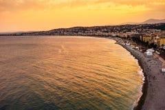 Puesta del sol en Niza, Francia fotos de archivo