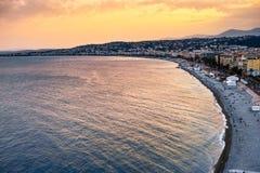 Puesta del sol en Niza, Francia foto de archivo libre de regalías