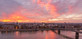 Puesta del sol en Novi Sad Imagenes de archivo